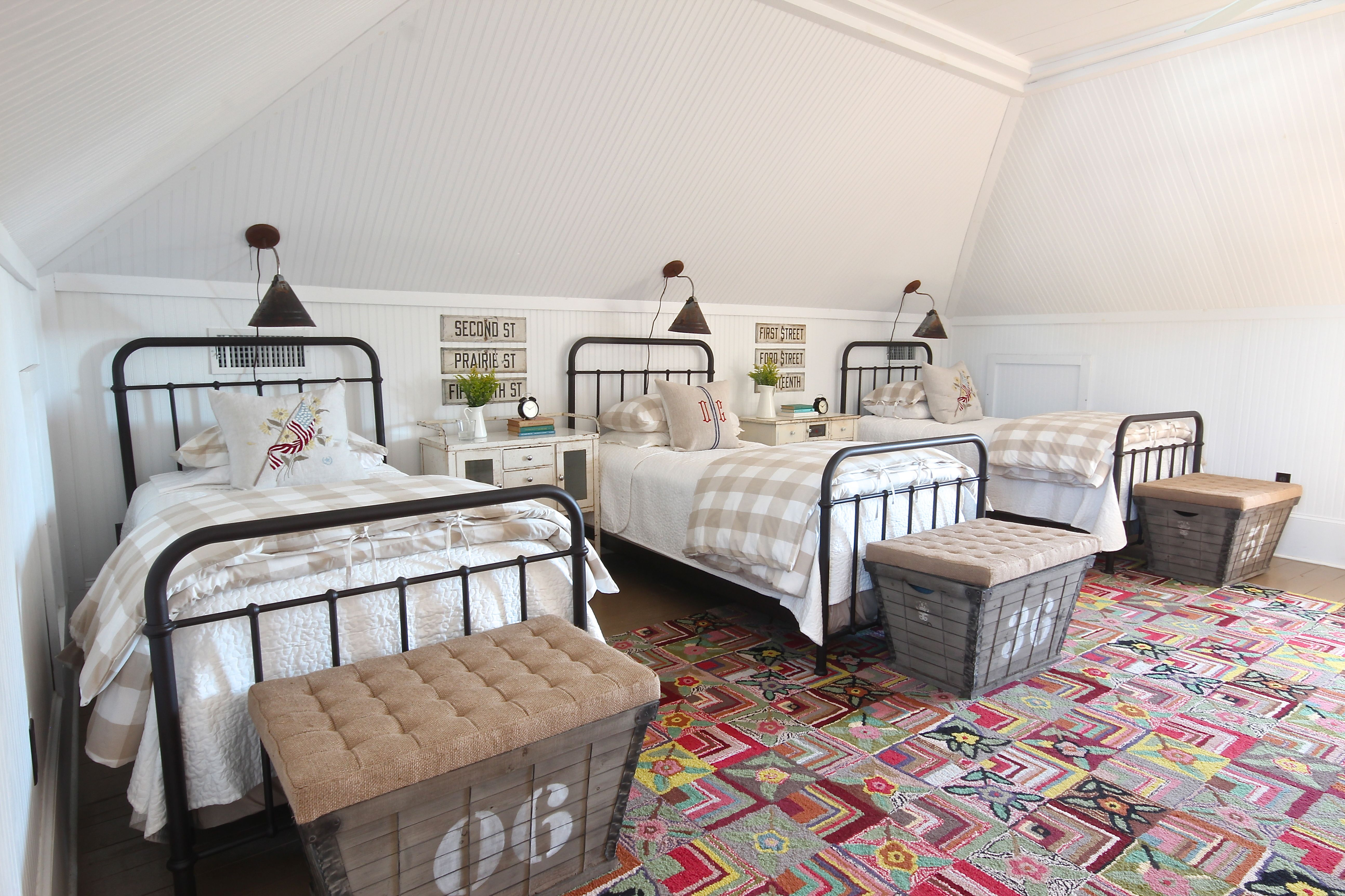 bunk room from Country Living magazine-Holly Mathis ...
