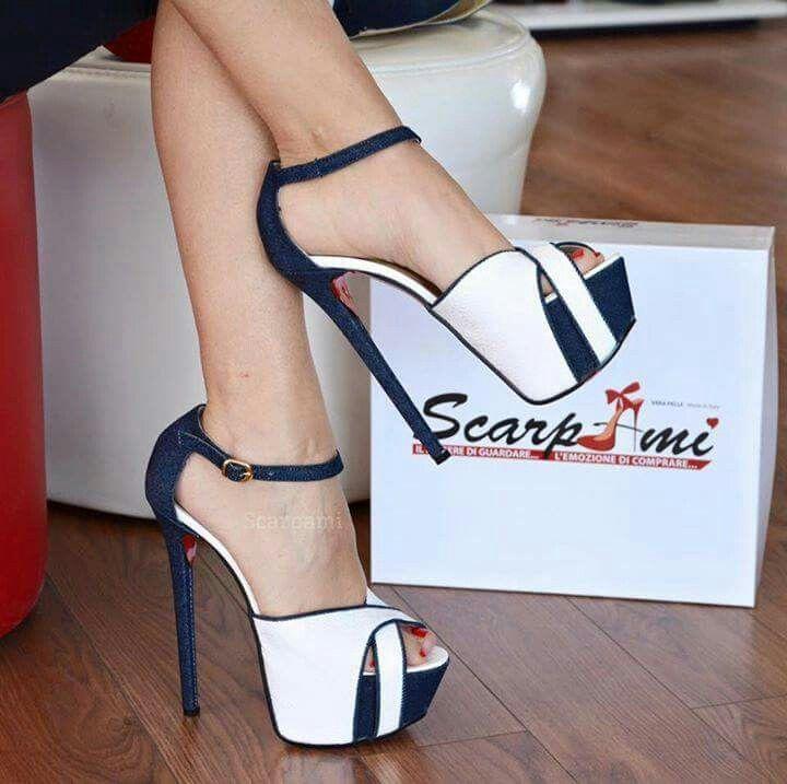 Nice black and  White shoe