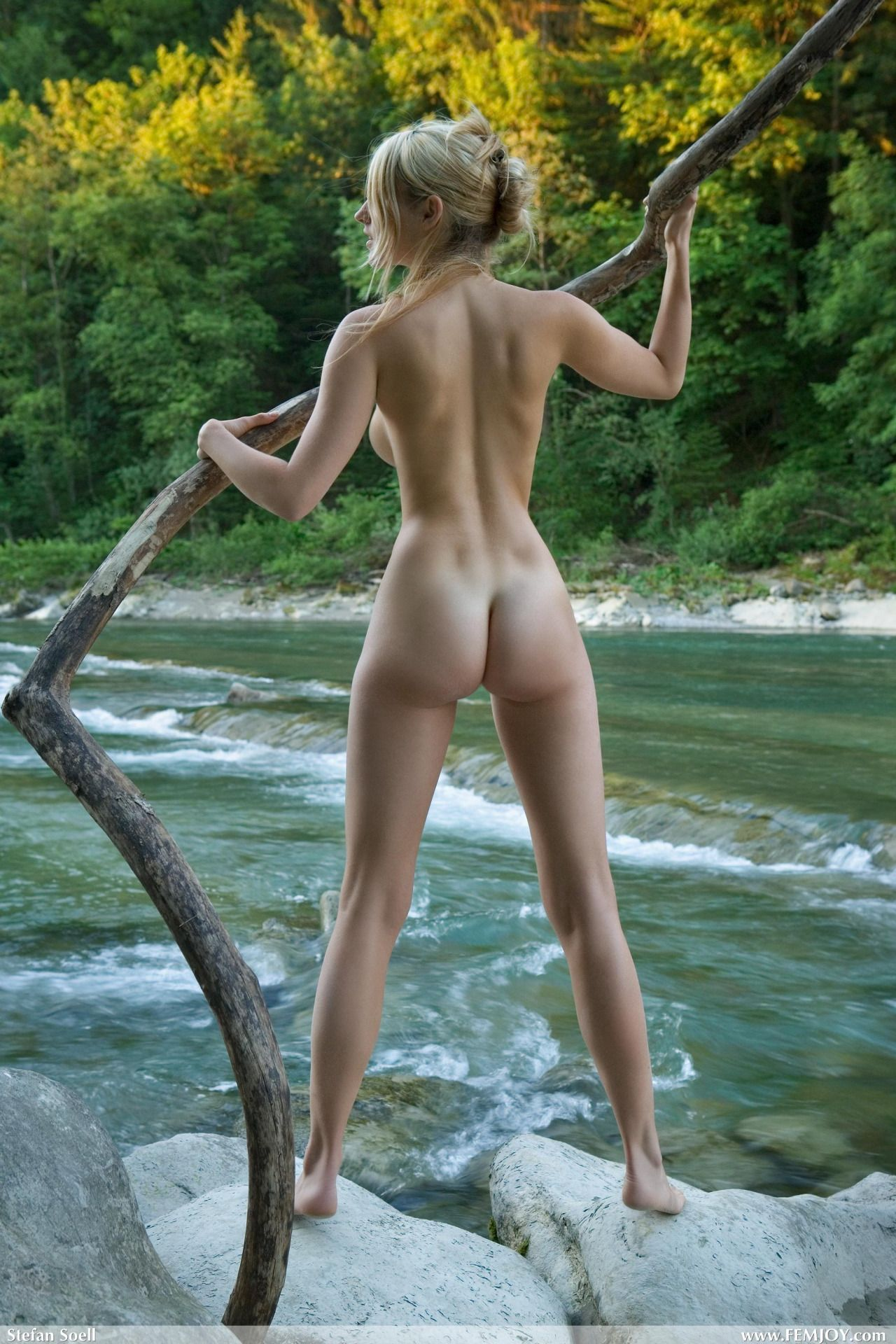 Naked and afraid show
