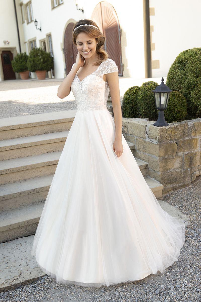 KLEEMEIER  Brautkleider, festliche Kleider & Dessous  Brautmode