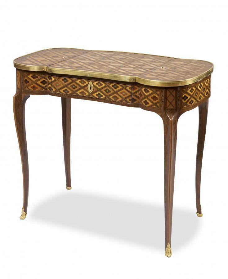 Rare Table A Ecrire Epoque Louis Xv Photo Versailles Encheres Perrin Royere Lajeunesse Table A Ecrire Meuble De Style Meuble