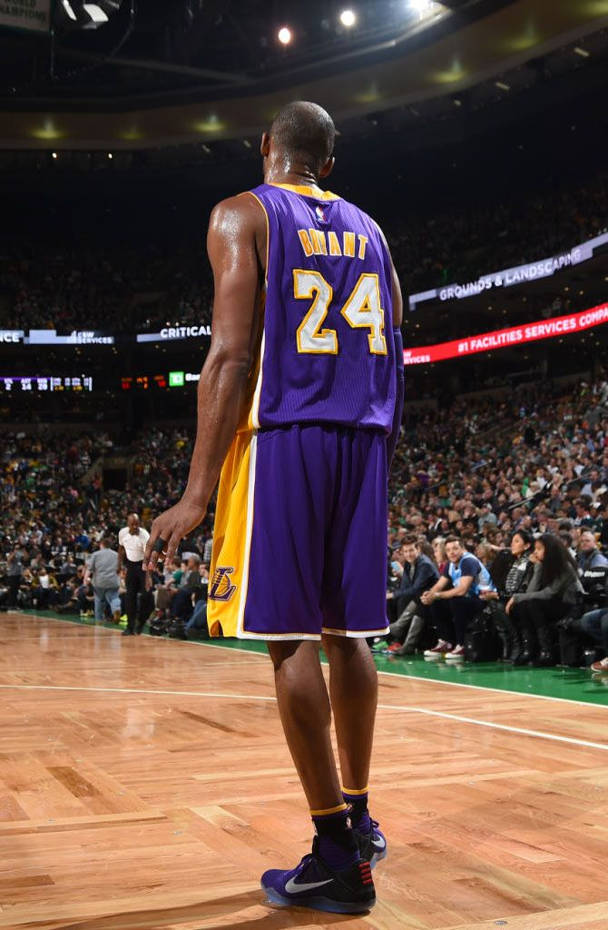 0ed969c165707 SoleWatch: Kobe Bryant Debuts the Nike Kobe 11 in Boston Farewell ...