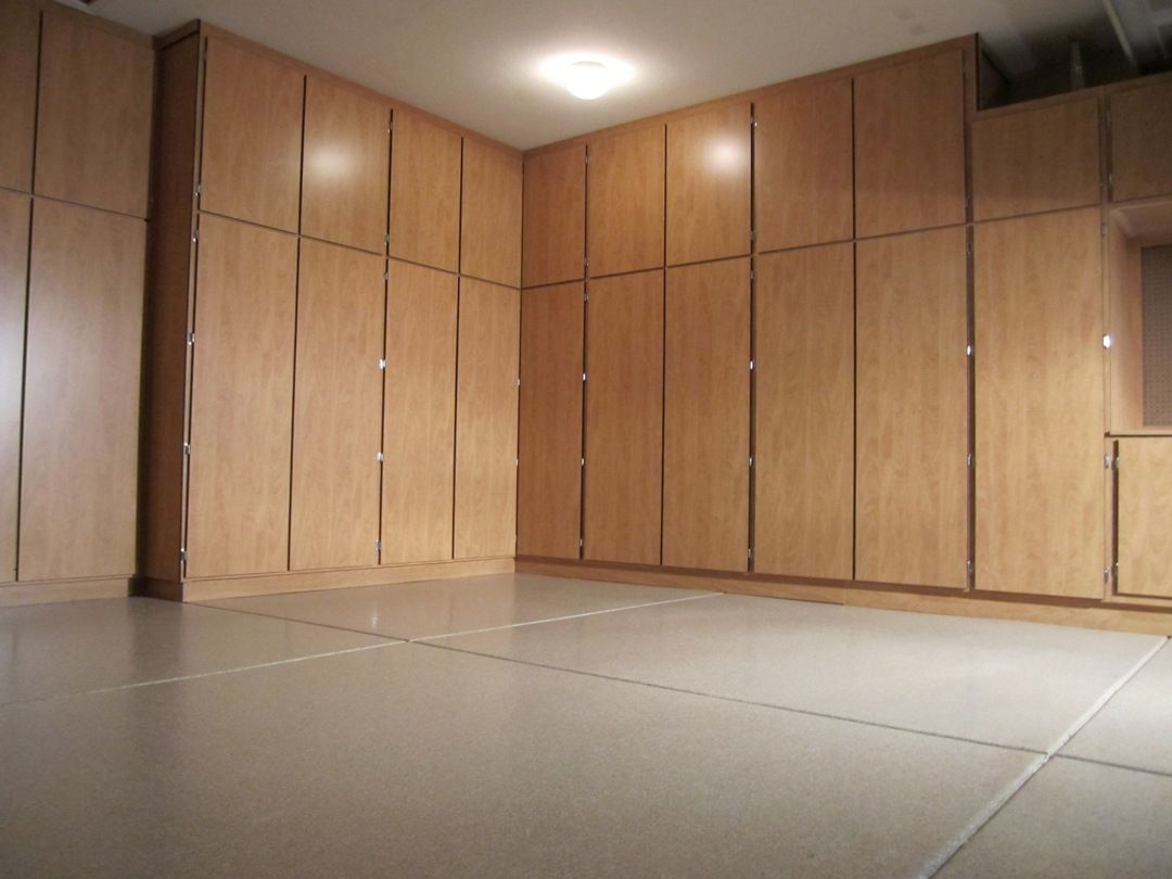 Ordinaire Large Garage Cabinets Layout Idea