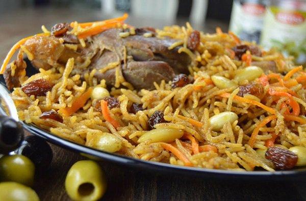 طريقة عمل الرز البخاري الاصلي باللحم طريقة Recipe Afghan Food Recipes Afghan Rice Recipe Basmati Recipes