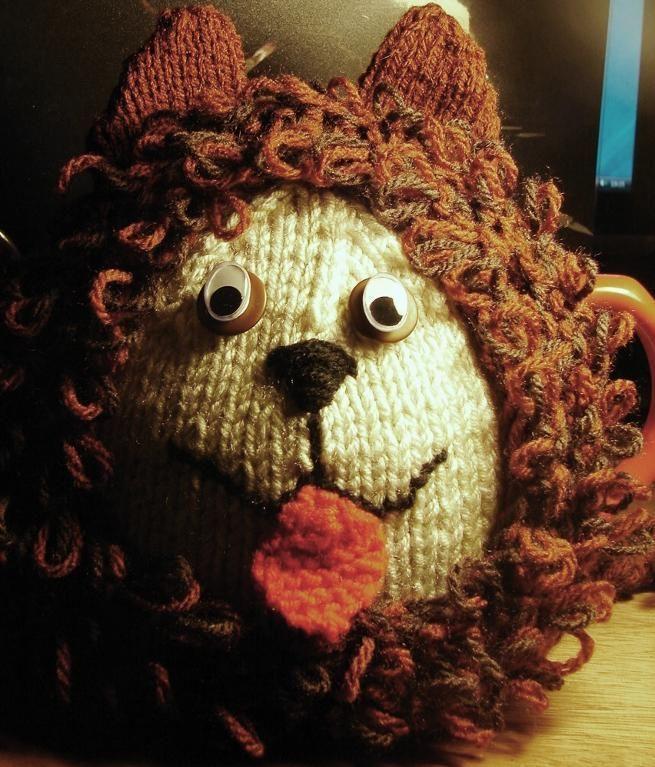 Tea Cosy Knitting Pattern For Leo Lion Tea Cosy Knitting Pattern