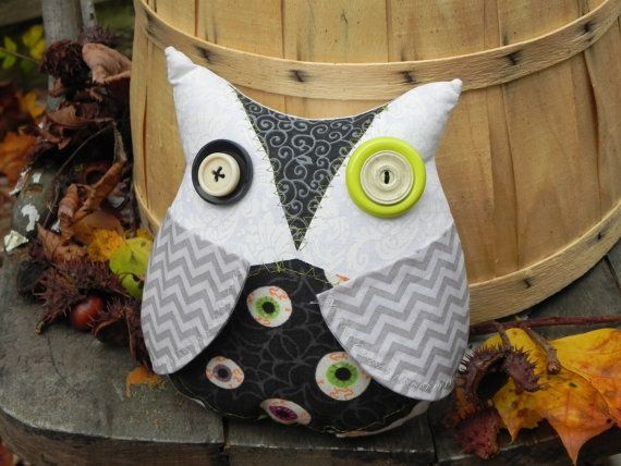 Creepy Cute Spooky Owl Decoration Halloween by blackwoodcottage