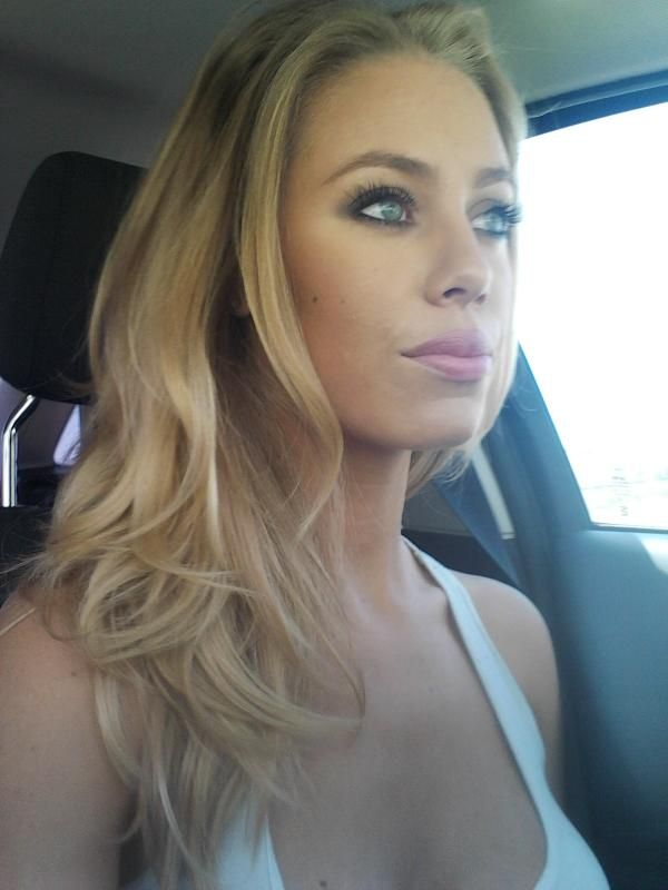 Nicole Aniston Google Search Nicole Aniston Pinterest