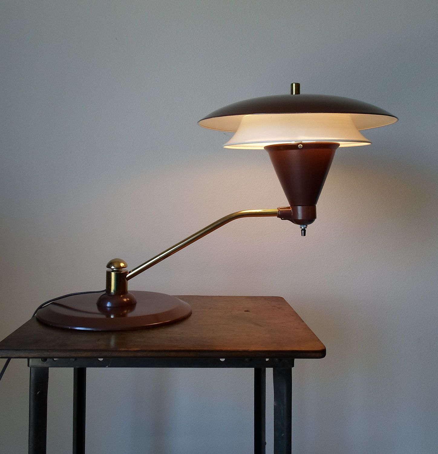 Vintage Mid Century Modern Flying Saucer Desk Lamp Spaceage Eames Era Brass And Brown Space Ship Table Lamp 195 00 Vintage Lamps Vintage Appliances Lamp