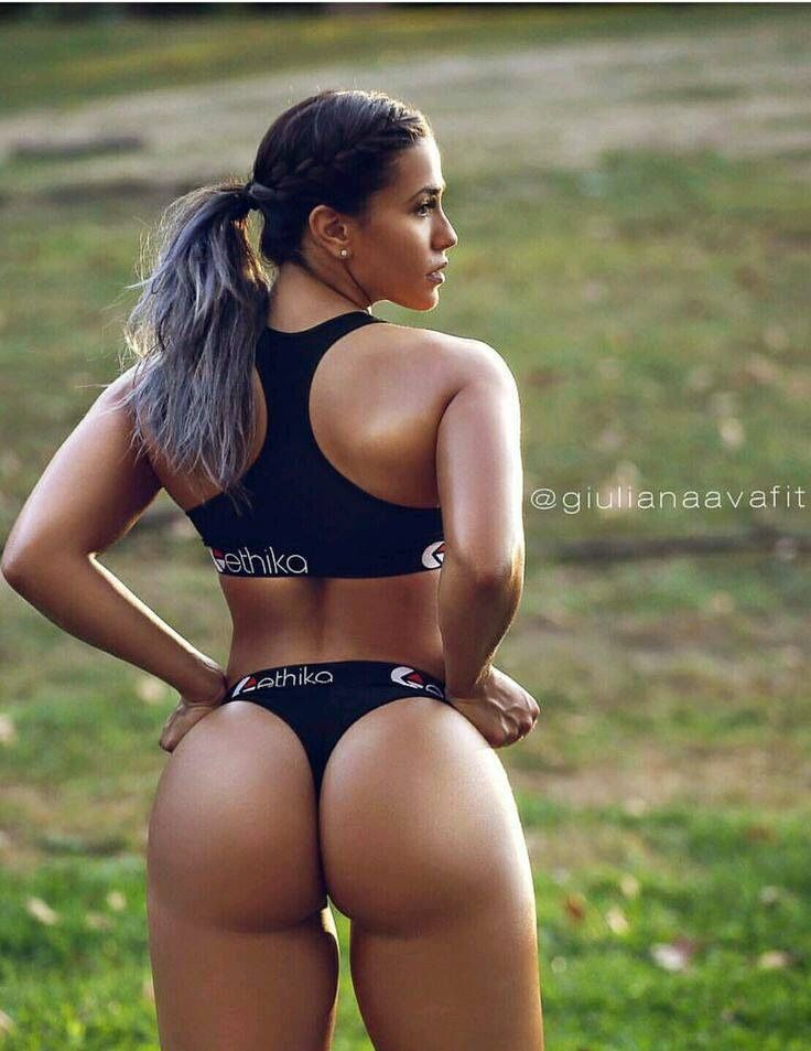 nude fitness babes blowjobs
