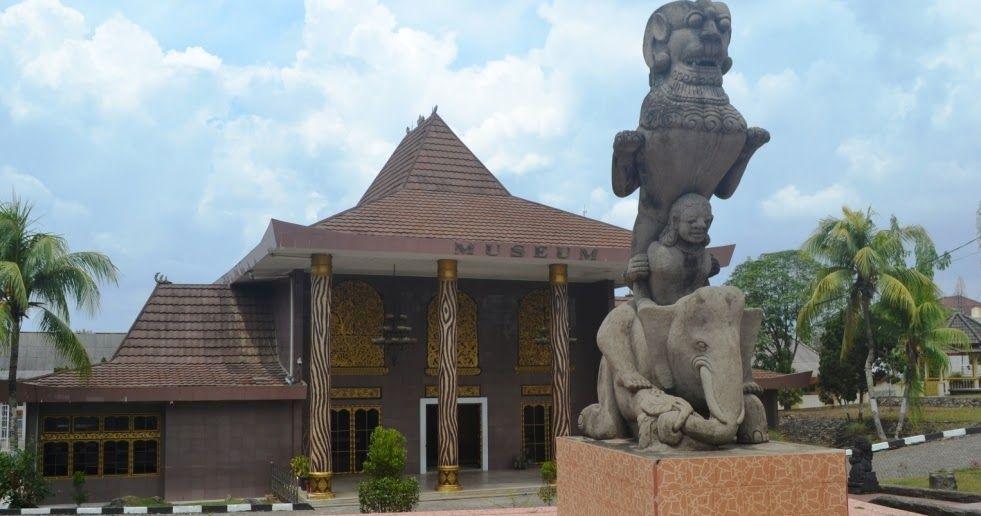 Balaputra dewa museum state museum of south sumatra