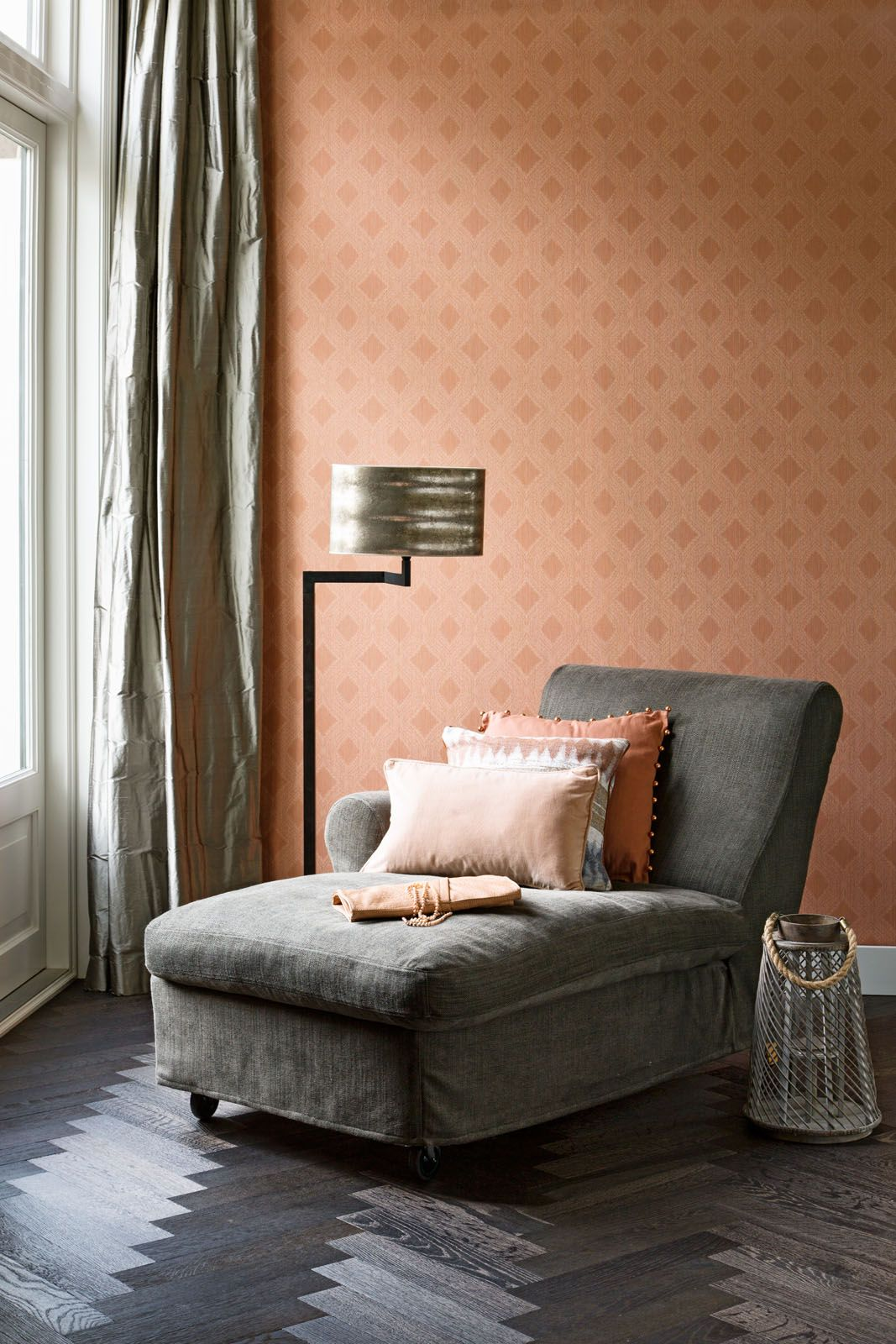Boutiques, Wallpapers and Orange on Pinterest