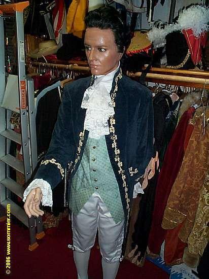 Costume Louis XVI > Styles par Sommier Paris depuis 1922