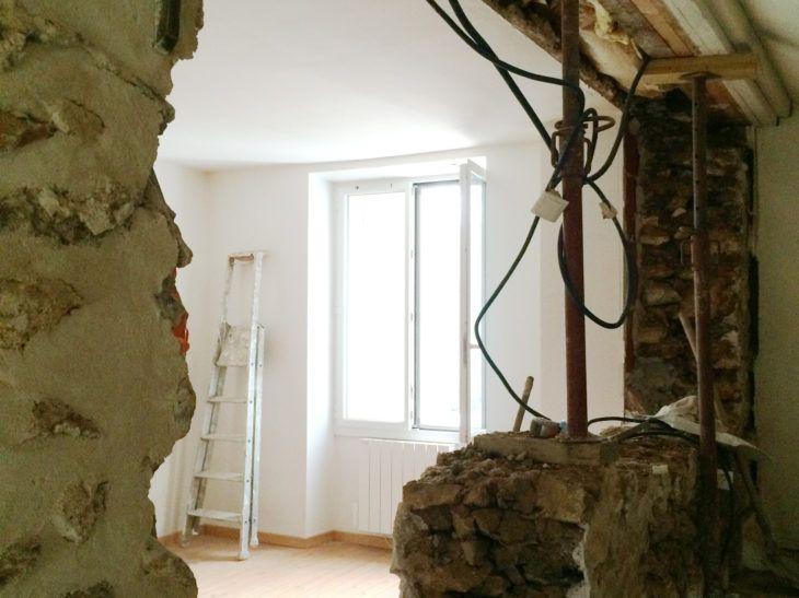 Dépose de mur porteur en meulière et ouverture de trémie à Cernay-la - prix casser mur porteur