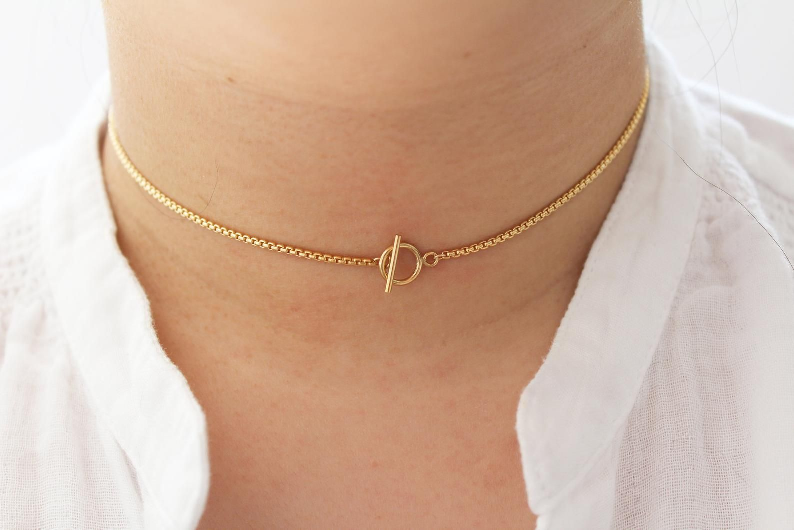 Gold Toggle Choker Gold Chain Choker Gold Filled Choker Layering Necklace Gift for her Everyday Necklace Hoop and Toggle Dainty Necklace