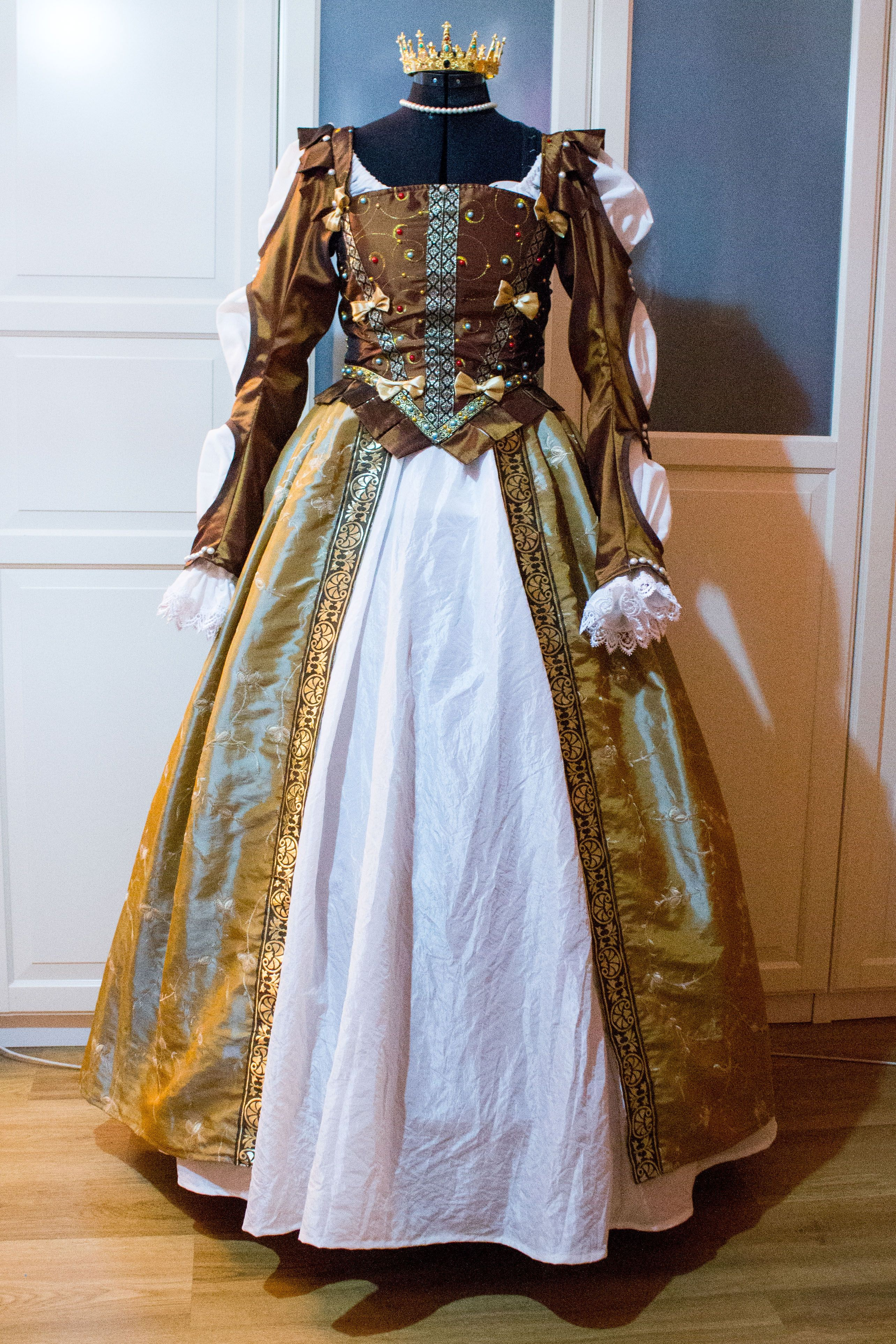 Anna Henrietta (Witcher III) | Progress | Dresses, Anna ...