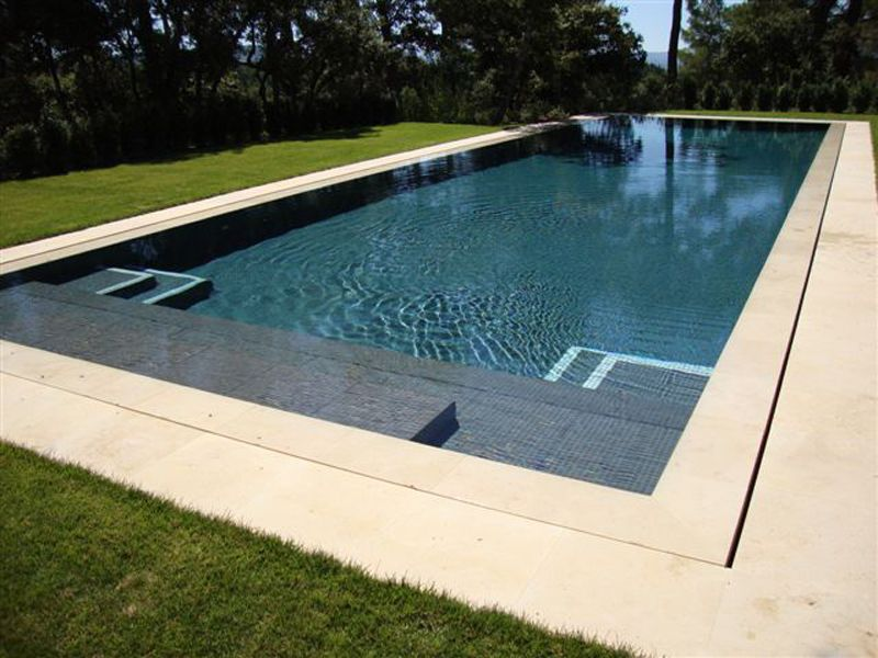 Escalier piscine piscine pinterest escalier piscine for Construction piscine 35