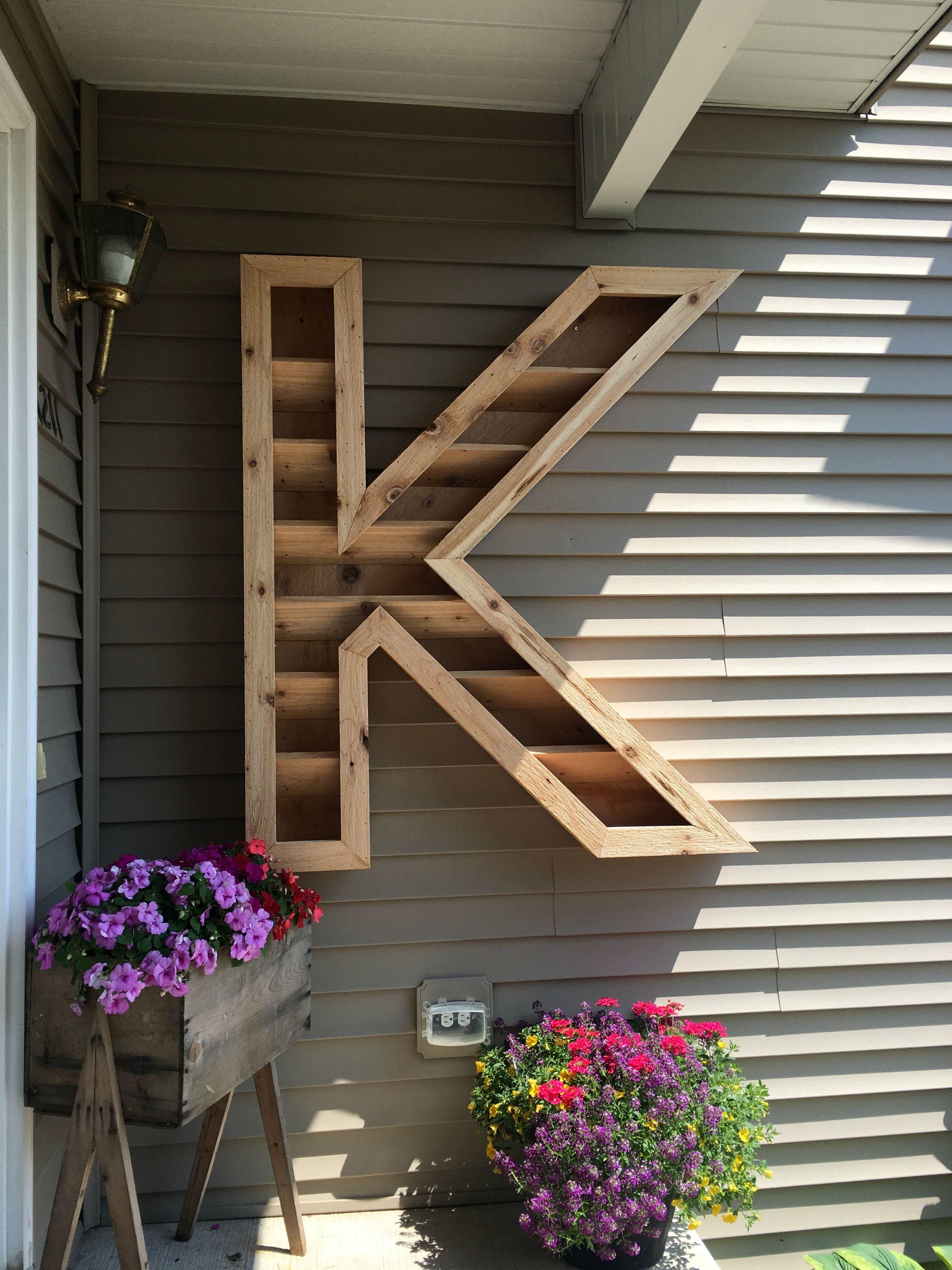 Diy cedar monogram planter box letter planter planter