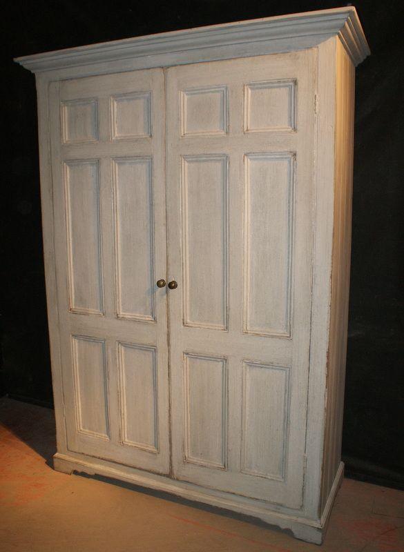 Early 19th C Welsh 2 door painted linen cupboard. 1830 - Early 19th C Welsh 2 Door Painted Linen Cupboard. 1830 Antique