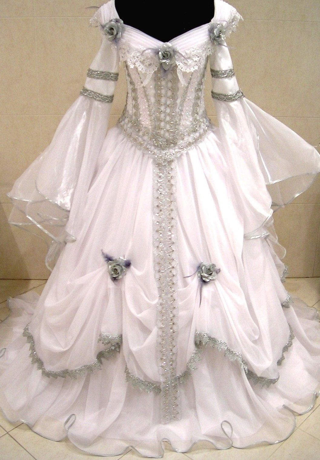 Celtic wedding dress  Medieval Dress  Bridal gown patterns  Pinterest  Medieval dress