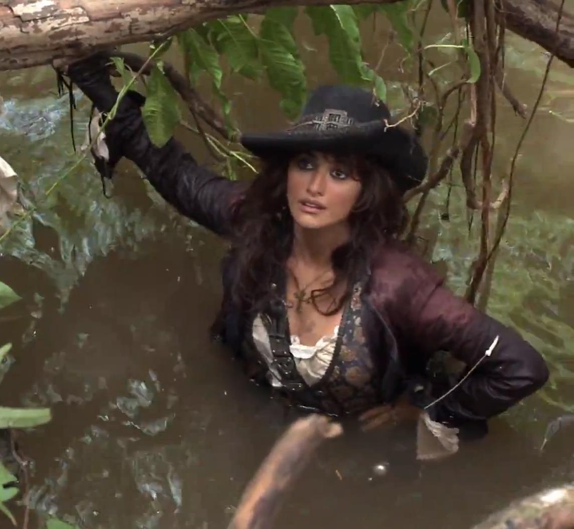 Pirate Caribbean Angelica Teach