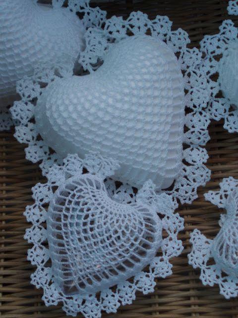 Lindos corazones tejidos a crochet. | manualidades | Pinterest ...