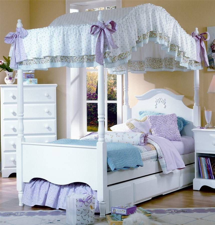 One Secret Behind Why Bedroom Set With Canopy Is Able To Give That Sense Of Romantic Is Upon The Use Of Th Girls Bed Canopy Canopy Bedroom Sets Twin Canopy Bed