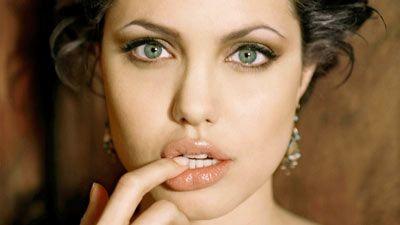 Jolie ka vetëm edhe tre vite jetë?