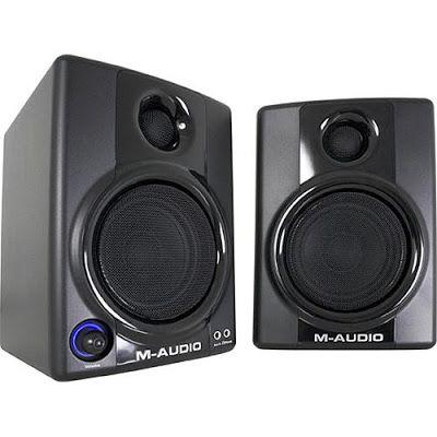 Win M-Audio Studiophile AV30 Professional Reference Speakers - professional reference