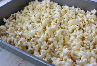 How To Make Popcorn Balls #popcornballs