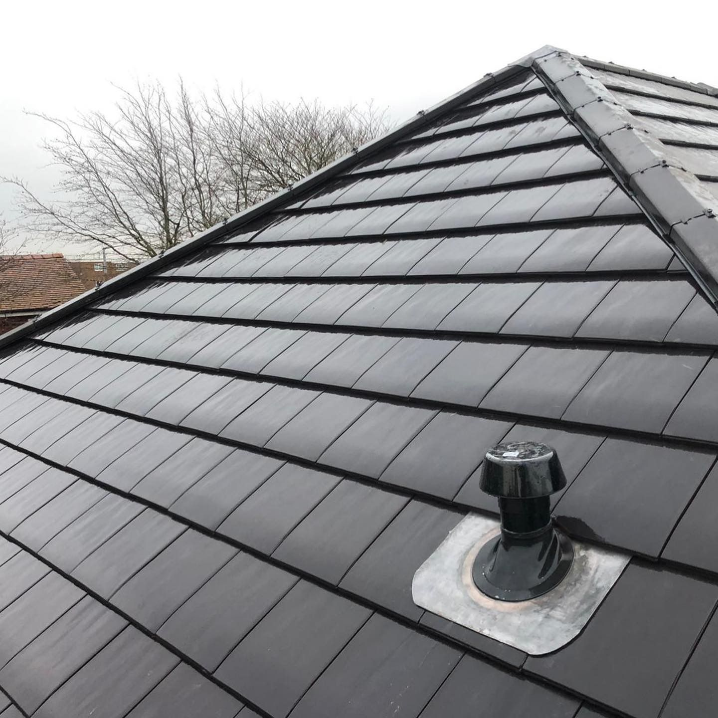 Clay Tile Re Roof In 2020 Flat Roof Tiles Roofing Roofer