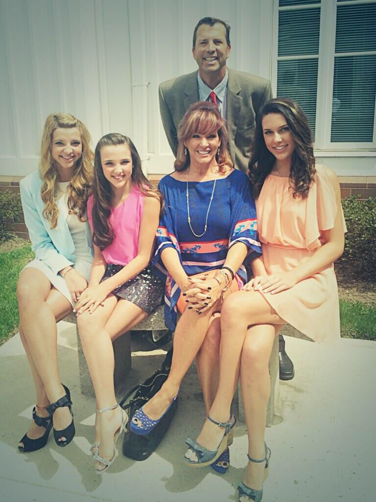 The vertes family wishes everyone a happy easter dance moms kendall vertes kristyandbryce Choice Image