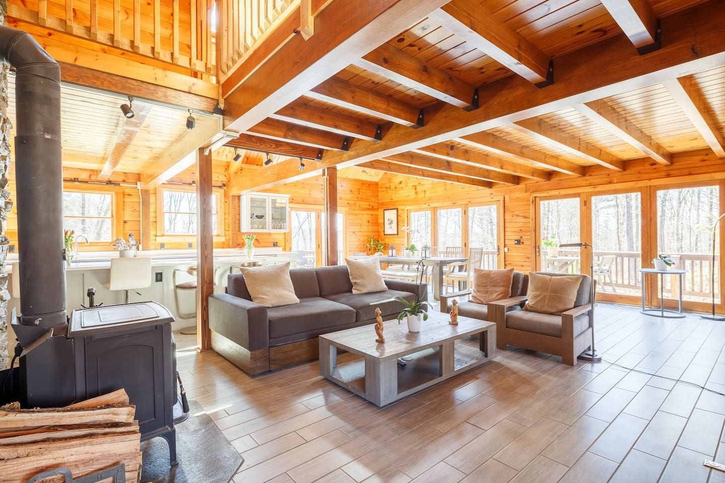 Enchanting Rustic Log House In Hudson Valley Houses For Rent In Saugerties Renting A House Log Homes Saugerties