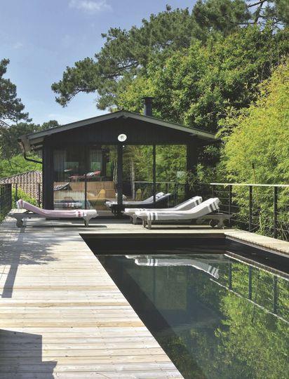 Jardin et terrasse : zen, design, végétal | Jacuzzi, Pergolas and Patios