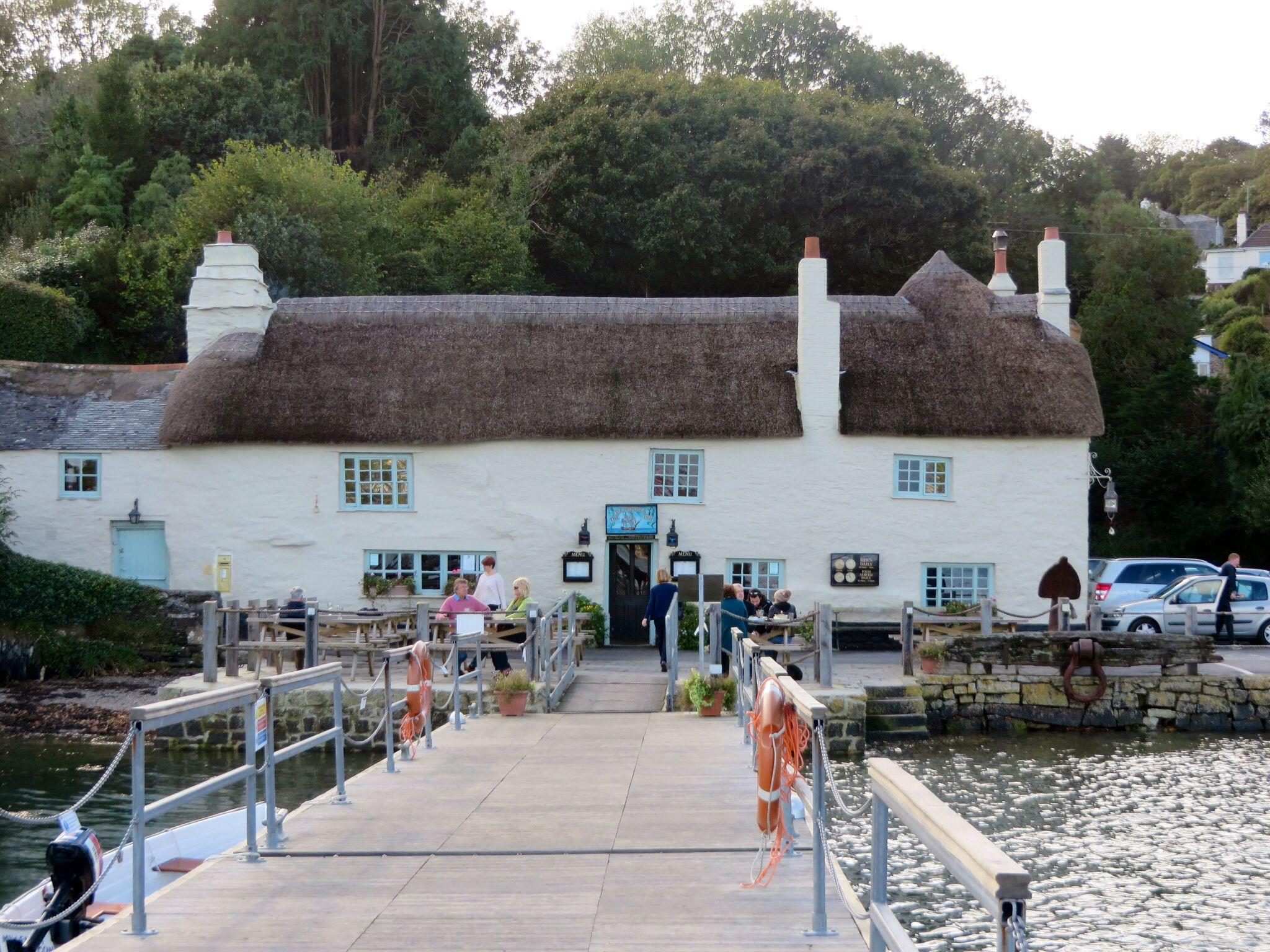 The collectors olivey place mylor bridge nr falmouth cornwall uk - The Pandora Inn Mylor Cornwall