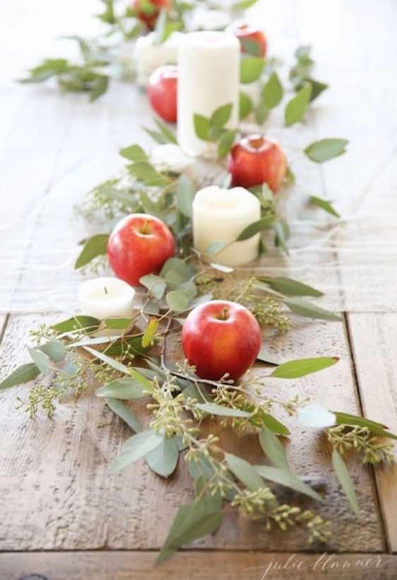 How to use apples and greenery to make an easy last-minute Thanksgiving or holiday table setting | Julie Blanner