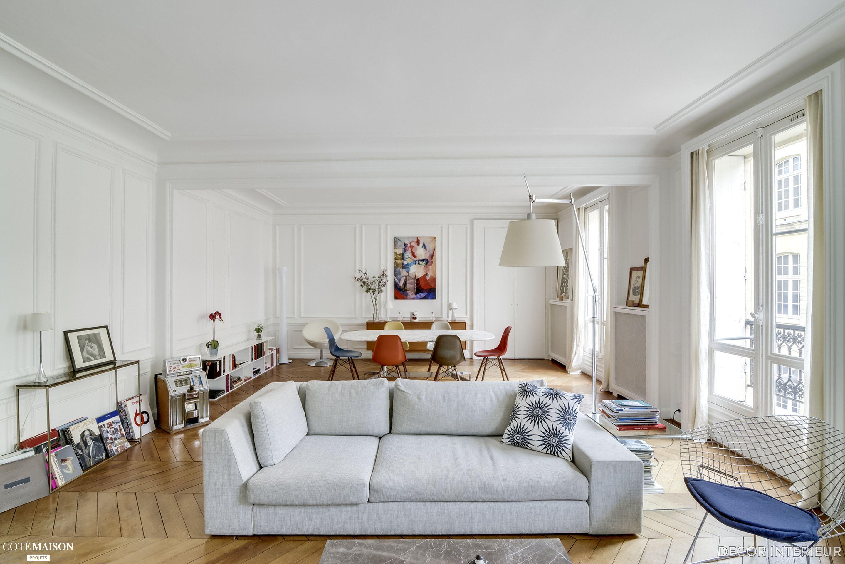 Un Appartement Parisien Hommage Au Design Des Annees 50 Et 60 Decor Interieur Cote Maison Appartement Parisien Decoration Interieure Appartement