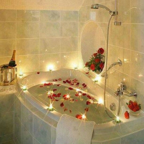 Surprise Your Lover With A Romantic Bath You Can Use Mini Glow