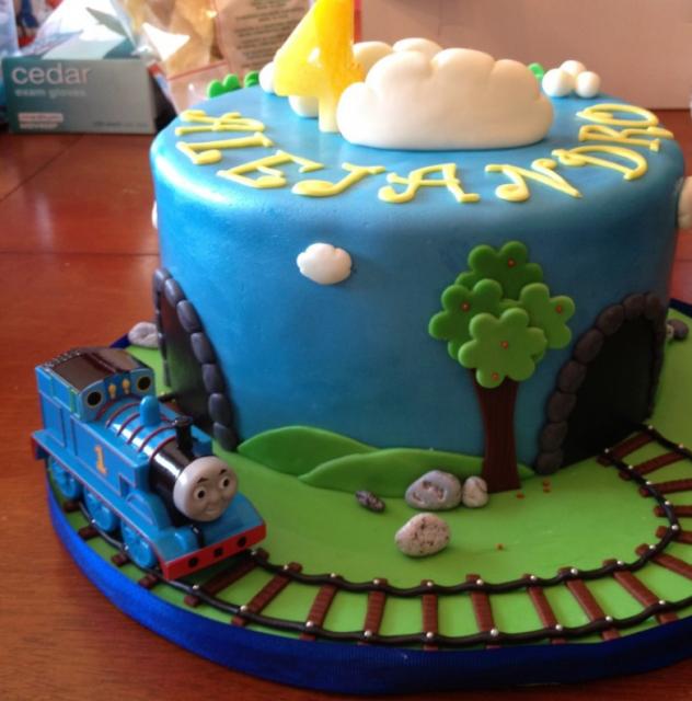 thomas the train birthday supplies Thomas and friends on ...