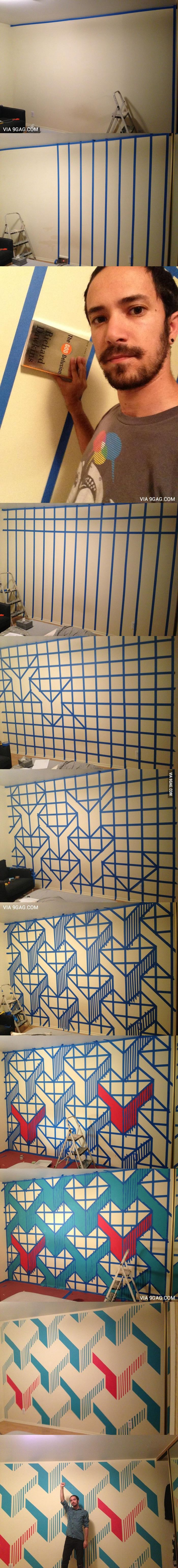 I painted a design on my wall and it came out awesome! (nada que um humano normal tenha a paciência de refazer. )
