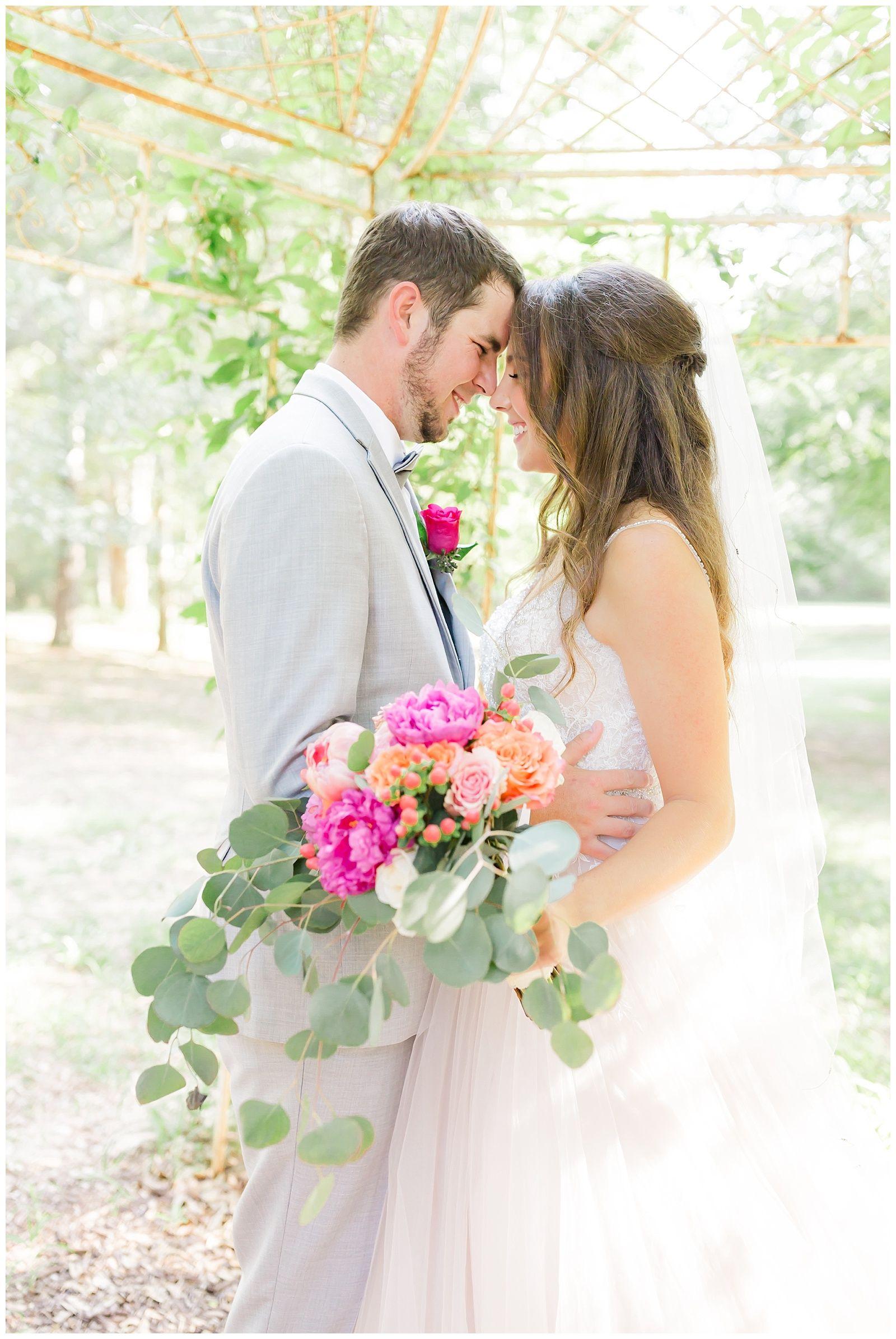 The Cooper Wedding Wedding, Neutral wedding flowers