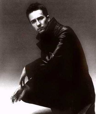 Edward Norton - Under-appreciated, but here's a to champion of acting.