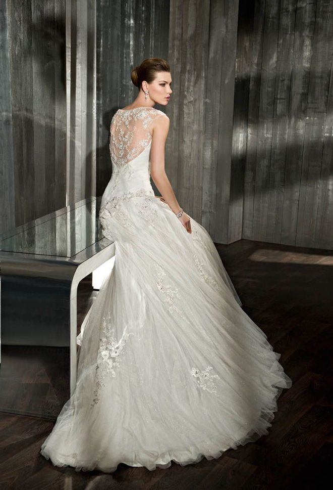 Pin by Amina on Wedding dresses | Pinterest | Wedding dress and Weddings
