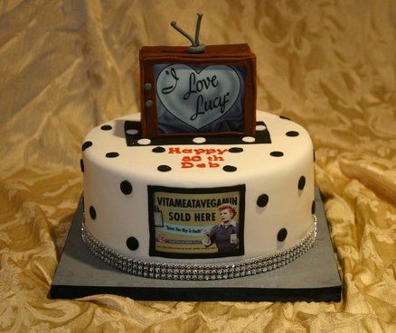 I Love Lucy Cake By Chrissy Rogers Cakesdecor Com Cake