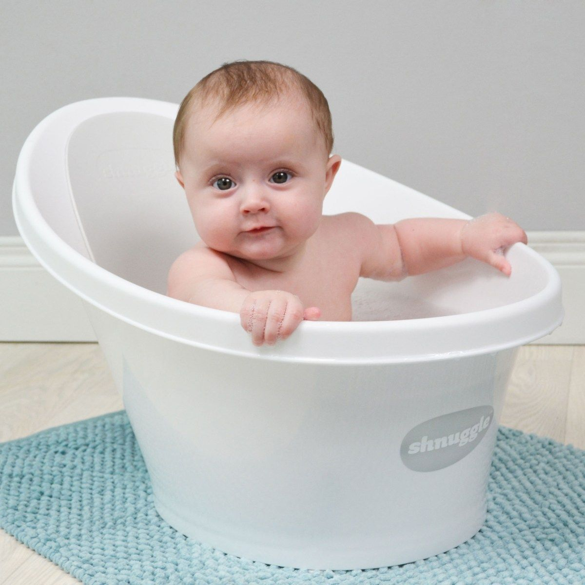 Shnuggle Bath Makes Bathing Baby Easier And Safer (giveaway) | Blog ...