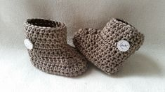 Photo of Häkeln Sie einfache Baby Stiefel – kostenlose Muster – BerlinCrochet