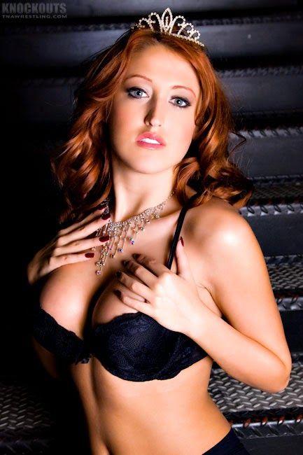 erotic female muscle wrestling
