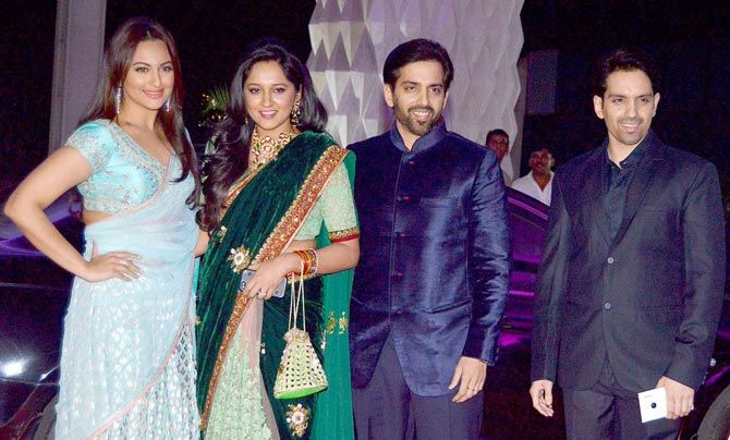 Photos: The who's who of Bollywood at Tulsi Kumar's wedding reception