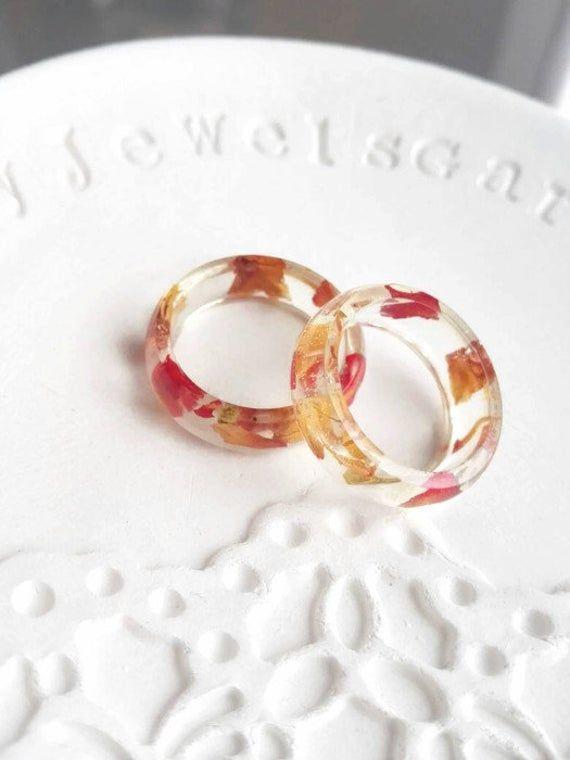 Zierliche Harz Ringe für Frauen / Natur Ring / Verlobungsring für sie / rote Rose Ring