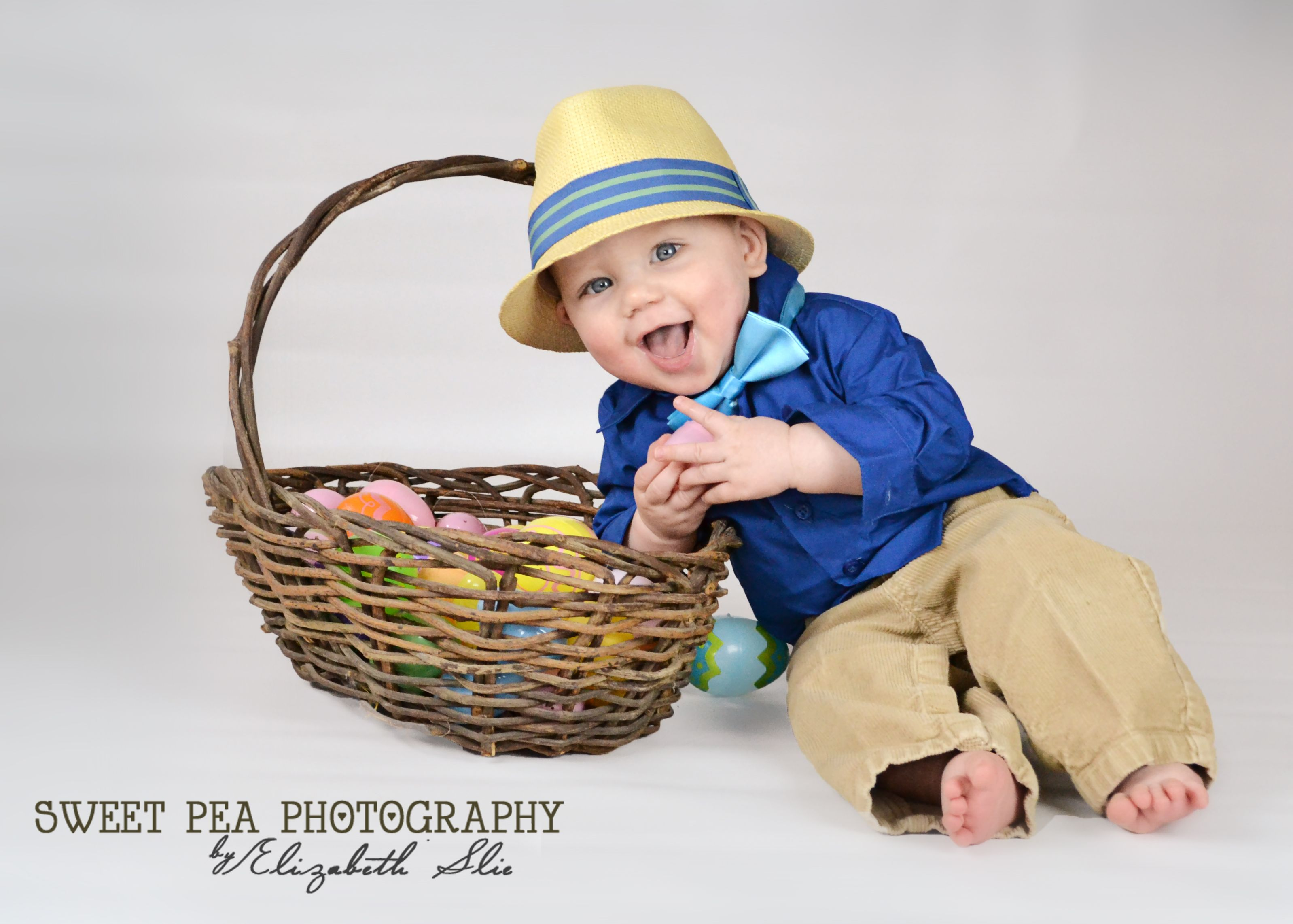 Baby boy easter photography 8 month old easter photo easter baby boy easter photography 8 month old easter photo easter picture ideas sweet pea negle Images