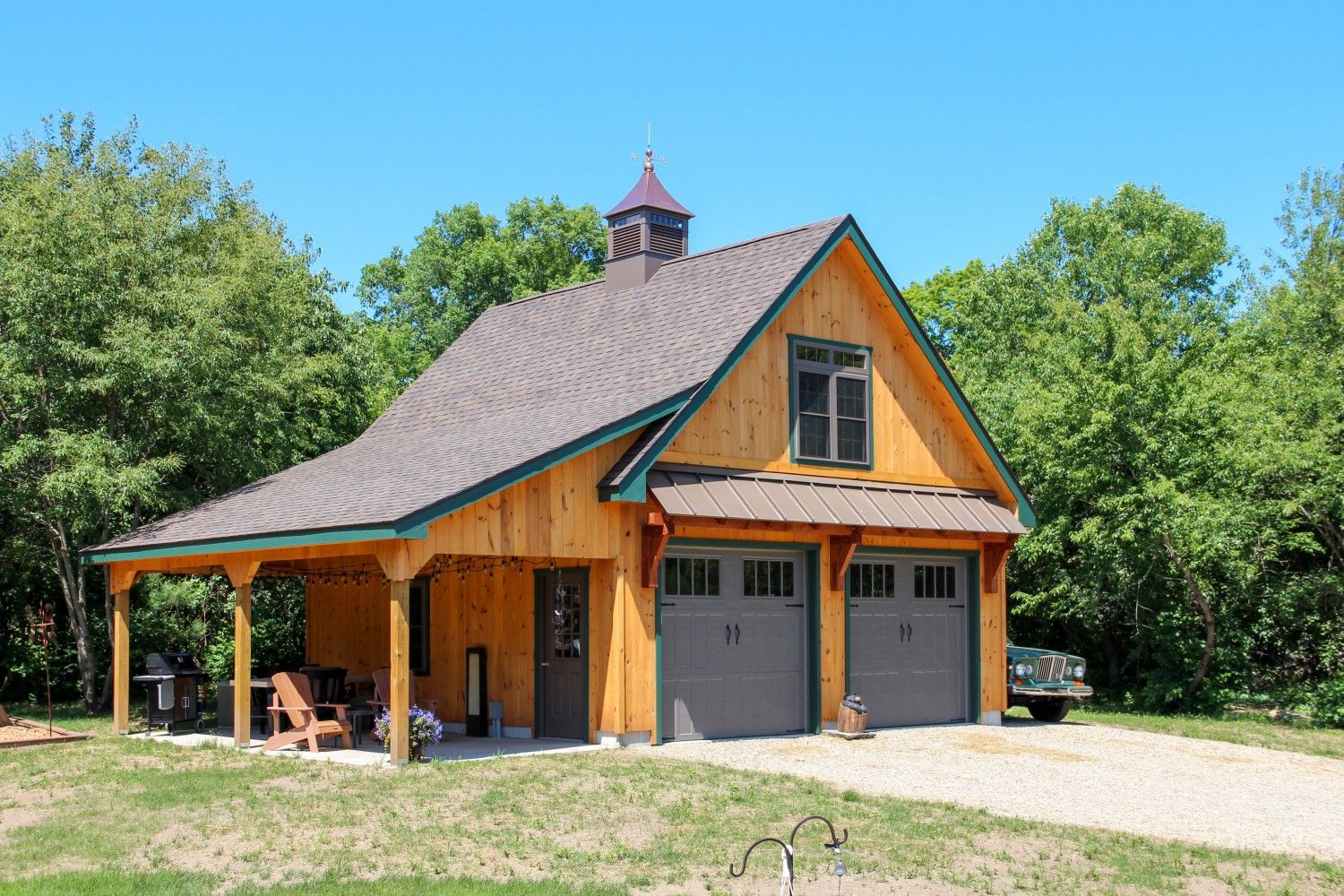 Lean-To Overhangs: The Barn Yard & Great Country Garages | Barns